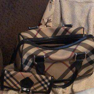 Burberry bag matching wallet